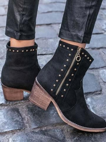 Pointed rivet women's side zipper leather boots