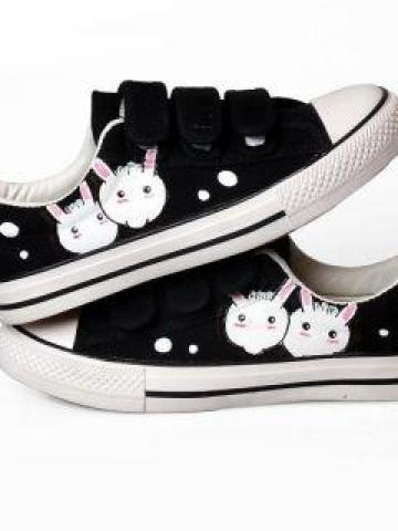 Printed Canvas Adhesive Strap Sneakers