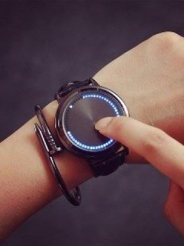 Round Dial Led Strap Watch