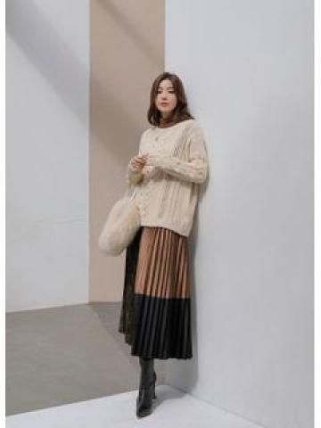 Tie-Back Faux-Pearl Cable-Knit Sweater